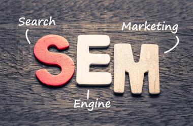 O que é SEM (Search Engine Marketing) e qual sua relação com SEO?